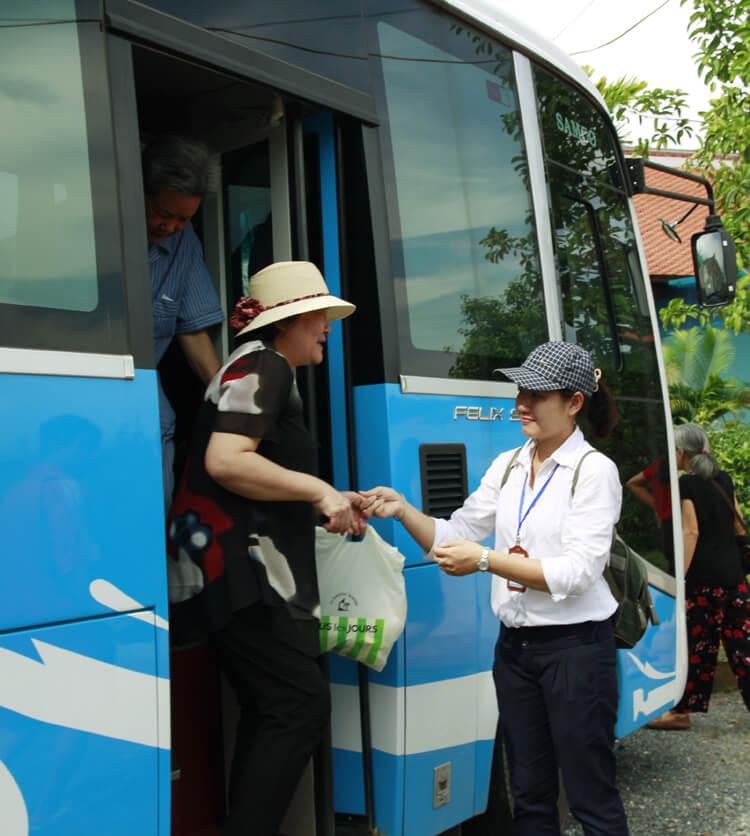 Lạc Hồng Viên tháng 6 năm 2016