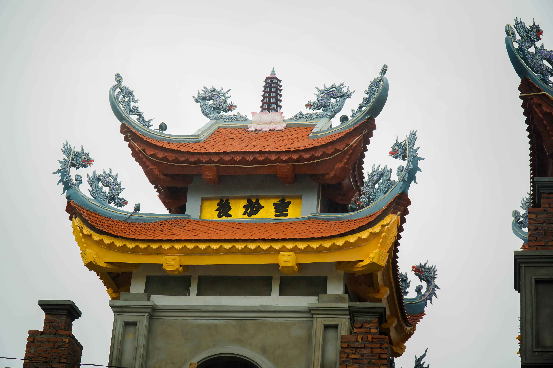 Chùa Kim Sơn Lạc Hồng hoàn thiện giai đoạn 2 Cổng Tam Quan