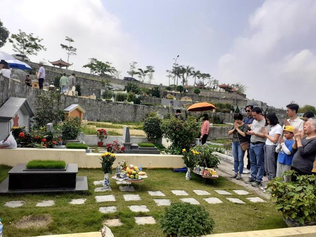 Tết Thanh minh – dịp để các thành viên trong gia đình tưởng nhớ những người đã mất - Ảnh 1.